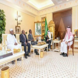 أمير #القصيم يستقبل السفير الكيني لدى المملكة