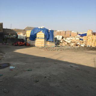 ضبط شخصين في #جدة متهمين بسرقة بضائع  متنوعة ومختلفه من أماكن متعددة