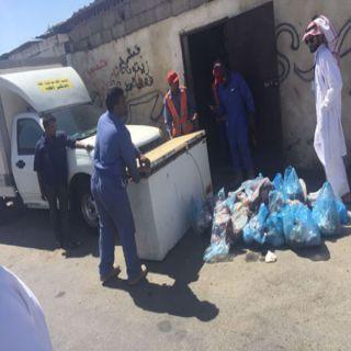 بلدية #خميس_مشيط تضبط لحوم مجهولة المصدر وتُغلق مسلخين بسكن عمالة