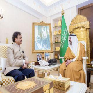 أمير #القصيم يستقبل السفير الهندي لدى المملكة