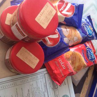 بلدية #بارق تُكثف جولاتها الرقابية وتُصادر مواد غذائية ضُبطت منهية الصلاحية