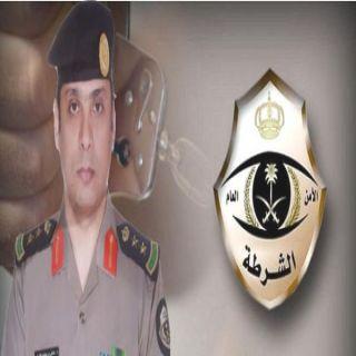 دوريات الأمن السرية بـ #جدة تُطيح بشابين سرقا مركبة وصدمامحل جوالات وسرقة 16 جهازجوال