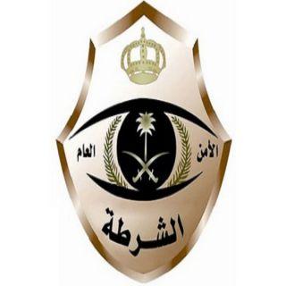تحريات شرطة #الرياض توقع بأربعة أشخاص تورطوا في استيقاف المارة وسلبهم