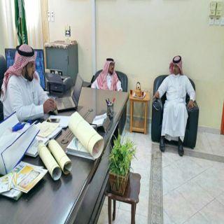 قائد مدرسة الأمين بجمعة أثرب يستقبل مدير فرع المياه بـ #بارق