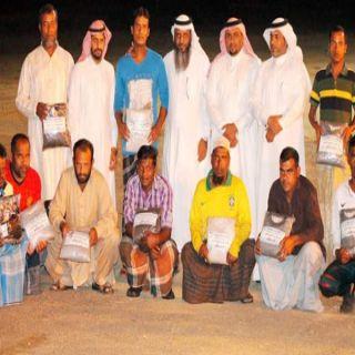 """شراكة لبر #بارق والبلدية في مشروع كسوة الشتاء تحت شعار """"نحن معكم"""""""