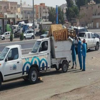 بلدية جنوب #جدة تُزيل (225) بسطة وعربات عشوائية