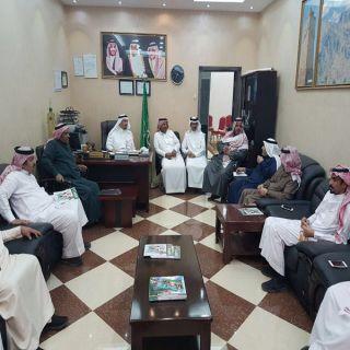 طائفة العقار بـ #الباحة وبحضور مدير فرع وزارة الاسكان يعقدون اجتماعهم الاول