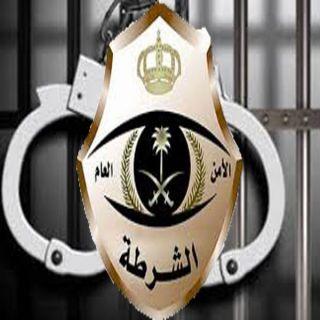 شرطة #الرياض تقبض على حدث قام بالدخول لحافلة نقل الطالبات بحي #النسيم