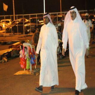 مُحافظ #بارق يُرافقه رئيس بلدية المُحافظة في جولة لمهرجان بارق الشتوي