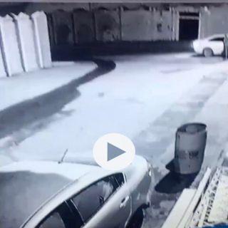 شرطة #القصيم توقع بشاب ظهر في مقطع فيديو يدهس آخر على أثرخلاف