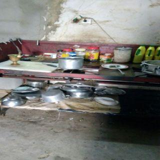 بلدية #بارق تتلف ادوات طهي المنادي القديمة