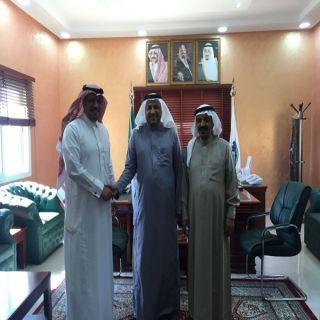 """رئيس مجلس إدارة الغرفة التجارية بـ #الباحة يستقبل الدكتور""""عبد الواحد الزهراني"""