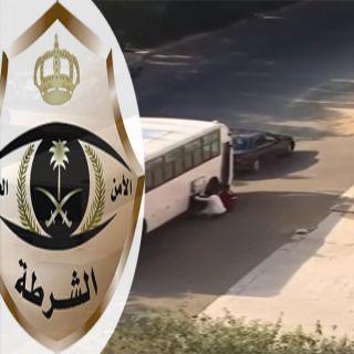 شرطة #جد تضبط سارقي بطاريات باص حي السنابل