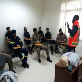 هلال #الباحة يُقيم مُحاضرة توعية تخص كيفية التعامل مع الحالات الإسعافية