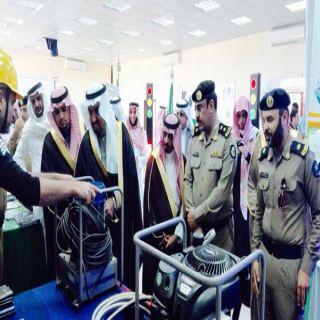 محافظ #المندق يدشن انطلاقة اسبوع المرور الخليجي والمرور يستقبل الأهالي بالورود