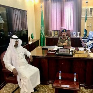 مُدير مدني #الباحة يستقبل في مكتبه مُدير مطار الملك سعود