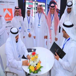 جناح القصيم في ملتقى السفر يحتضن اتفاقيات استثمار مع مشغلين عالميين ومحليين