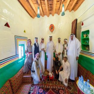 سلطان بن سلمان لشاب رمم قصراً تراثياً في قلب #أبها