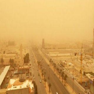 الأرصاد:رياح سطحة مُثيرة للأتربة والغبار على #القصيم و#الرياض و#الشرقية