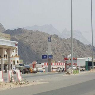 بلدية #بارق تستجيب لمُطالبات الأهالي وتفتح تقاطعات طريق الملك عبد الله