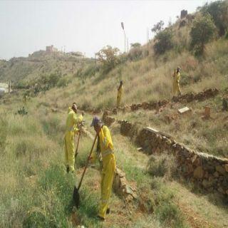 #أمانة_عسير تُكثف أعمال النظافة والإصحاح البيئي في مدينة أبها والقرى التابعة