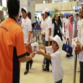 """جمعية """"نماء"""" تقدم 100 ألف وجبة للمسافرين بمطار الملك عبدالعزيز الدولي بجدة"""