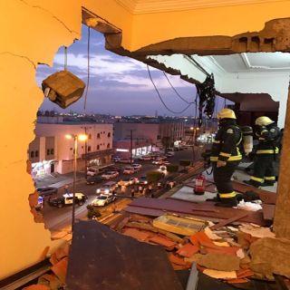 سقوط جدران منزل بخميس مشيط يستنفر فرق الدفاع المدني