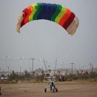 بالصور - الطيران الشراعي يرصد مناظر مُحافظة العقيق من السماء
