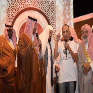 أكثر من ٨٠ ألف زائر لخيمة أبها وإسلام  ٤٠ من أفراد الجاليات