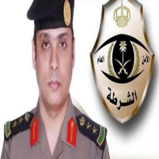 شرطة #جدة تكشف تفاصيل مقطع فيديو متداول لمحاولة رجل أمن اركاب فتاة في الدورية