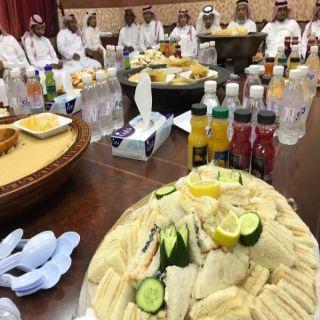 بلدية #بارق تُقيم حفل مُعايدة لمنسوبيها