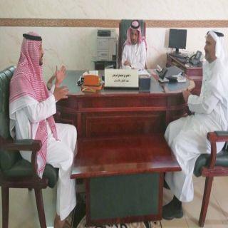 معالي مدير #جامعة_الباحة يتفقد آلية تسجيل الجداول بعمادة القبول والتسجيل