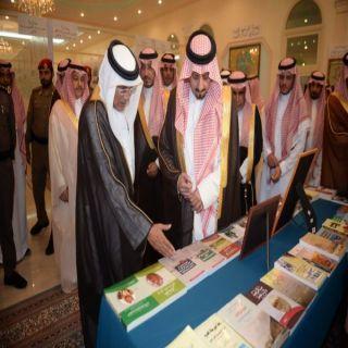 أمير منطقة عسير وسمو نائبه يزوران مركز آل زلفة الثقافي والحضاري