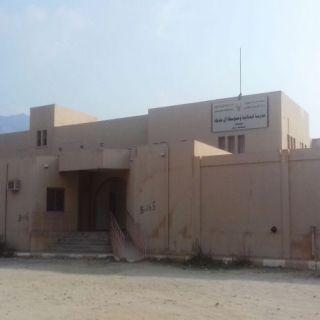 مجمع مدارس بنات آل حديلة يتعرض للعبث والجهات الأمنية تُحقق