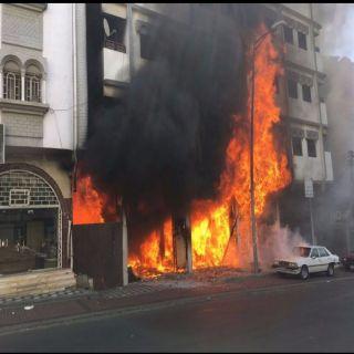 مدني عسير يُخمد حريق محل موبيليا بحي المنهل بابها