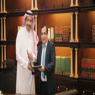أمير #الباحة يوافق على إطلاق برنامج الملك سعود للتعليم والتوظيف