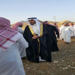 """""""البناوي"""" يقدم واجب العزاء في وفاة شقيق شيخ قبيلة المجامرة بـ #بارق"""