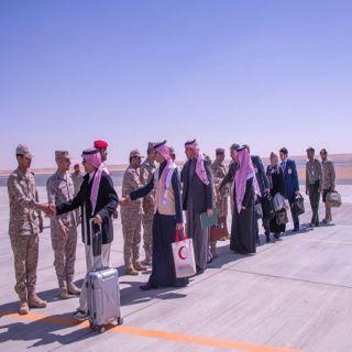 بالصور -قوات التحالف تسلم 27 طفلاً مغرر بهم للحكومة الشرعية اليمنية