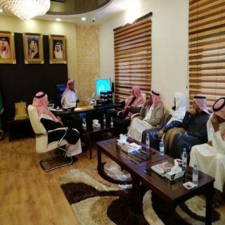 مُحافظ #القرى في الباحة يستقبل مجلس إدارة جمعية الرمان التعاونية وعدداً من مُدراء الجهات الحُكومية