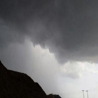 مدني #الباحة يُحذر من سُحب رعديه ممطره مصحوبة بنشاط للرياح السطحية
