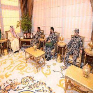 أمير عسير يطلع على التقرير الإحصائي لقوة أمن المنشآت بالمنطقة