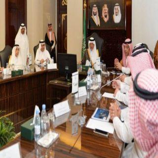 أمير مكة يستعرض آخر التطورات أعمال الموانئ الجوية في جدة والطائف والقنفذة