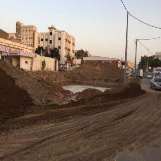 في محايل وطنيات ترصد وجود حفريات دون وسائل السلامة والبلدية ترد