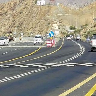 النقل يفتتح المرحلة الأولى من طريق محايل ـ شعار المزدوج .