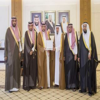نائب أمير القصيم يستقبل رئيس وأعضاء مجلس جمعية البر الخيرية بـ #محافظة_الأسياح