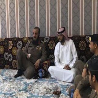 مُدير الدفاع المدني في #الشمالية يزور سلطان العنزي في منزله