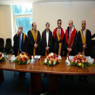 الجامعة الأردنية تمنح عبدالله السهلي درجة الدكتوراه في العلوم السياسية.
