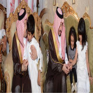 أمير عسير ينقل تعازي القيادة لذوي شهداء نقطة أمن #المجاردة