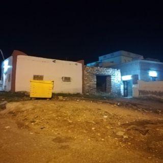 """تجاوباً مع """"وطنيات"""" بلدية #بارق تُعالج تراكم النفايات في ثلوث المنظر"""