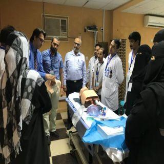 بمُشاركة مُدربي من مدينة الملك فهد للحرس الوطني مستشفى #المخواة يُقيم دورة التعامل مع الحالات الاسعافية